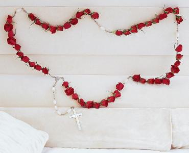 Rosary of Red Roses</div