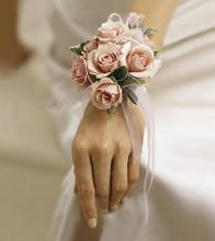 The FTD Pure Grace Wrist Corsage