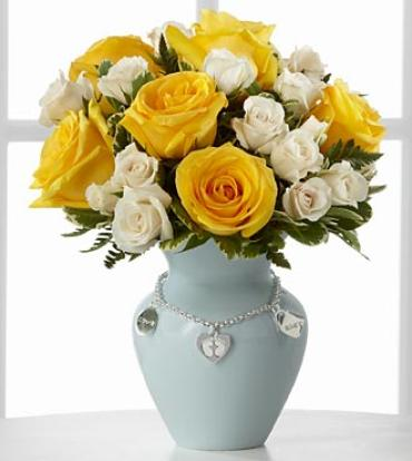 New Mother\'s Charm Rose Bouquet - Boy