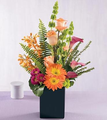 The FTD Breathtaking Blooms Bouquet